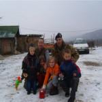 con i bambini sulla neve